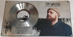 Tom Walker en platine