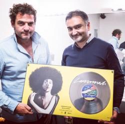 -M- Lamomali disque de platine