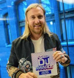 Fabrication du trophée des meilleurs DJ Fun Radio